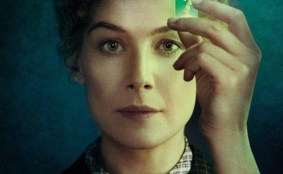 """Affiche du film """"Radioactive"""""""