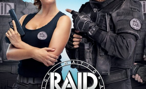 "Affiche du film ""RAID Dingue"""